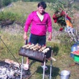 Ван Яворв, Стрый, 42 года