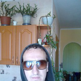 Юрий, 37 лет, Романов