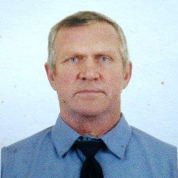Виктор, 65 лет, Заозерный