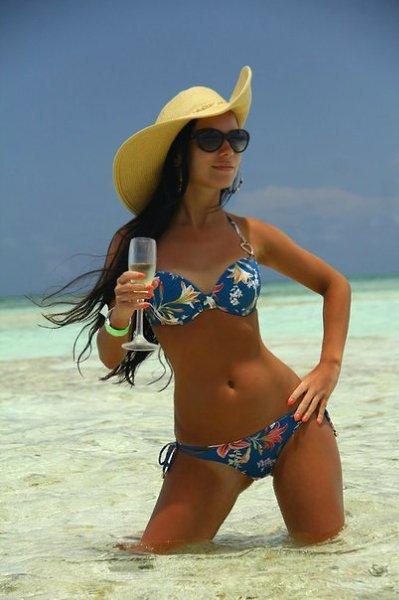Фото девушек на пляже (21 фото) - Алёнушка, 18 лет, Оренбург