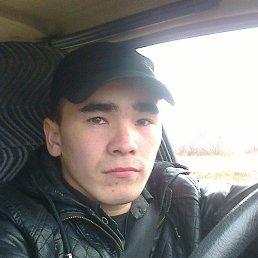 Виталий, 26 лет, Уват