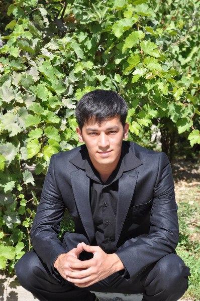 фото мужик узбекистана счастливой звезды ведет