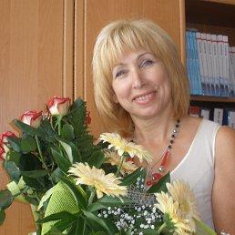 Нина, 58 лет, Владимир-Волынский