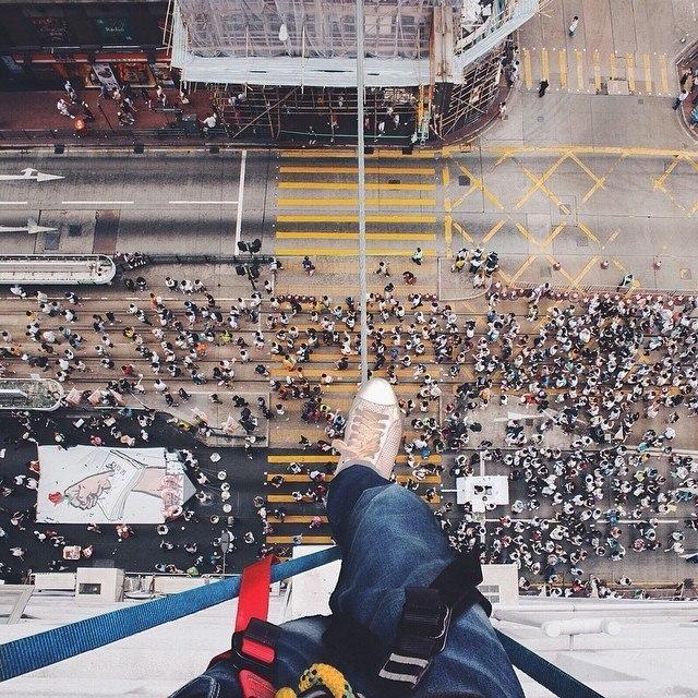 Гуляя по крышам Гонконга.