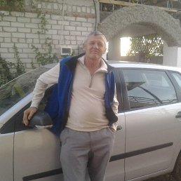 виктор, 61 год, Лазурное