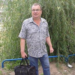 леонид, 61 год, Волжский