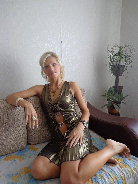 Женщиной фотострана знакомства