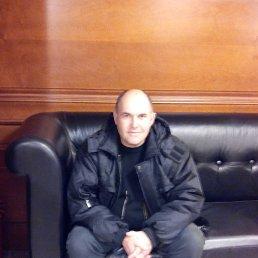 юрий, 59 лет, Кшенский