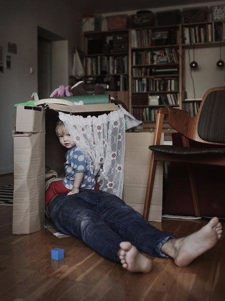 В Швеции из 480 дней отпуска по уходу за детьми 60 дней должен обязательно взять отец, иначе эти дни ... - 9