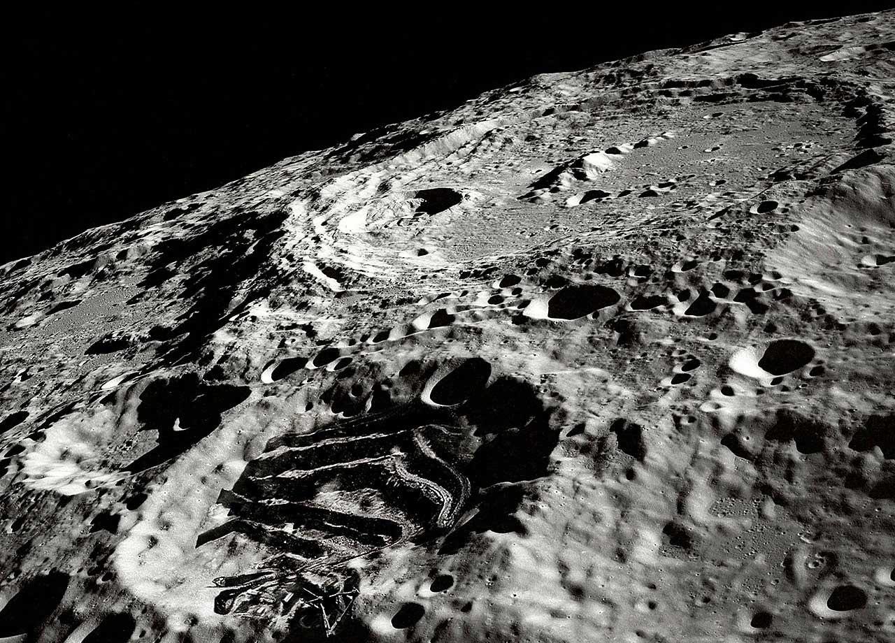 сказал это фото обратной стороны луны высокого разрешения погреба совершенно