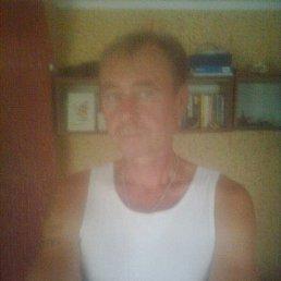 олег, 51 год, Яготин