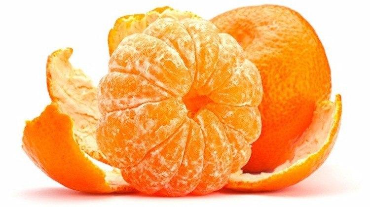 В кожуре мандаринов - огромная польза! В кожуре мандарина содержатся эфирное масло, фитонциды, ...