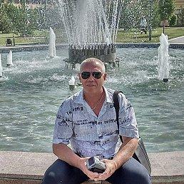 олег, 52 года, Чайковский