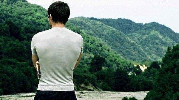 Кавказские парни со спины на картинках