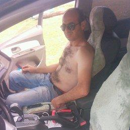 Арсен, Александров, 41 год