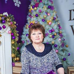 Елена, 55 лет, Луга