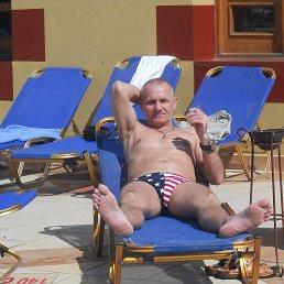 Валентин, 57 лет, Кодинск
