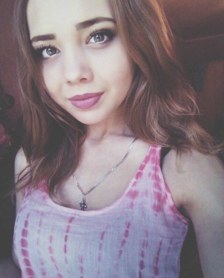 Фото девушки-брюнетки (24 фото) - Кристина, 22 года, Димитровград