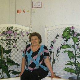 Татьяна, 64 года, Болгар