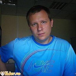 Виктор, 33 года, Елабуга