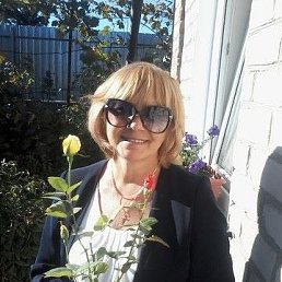 Лиана К., 60 лет, Бар