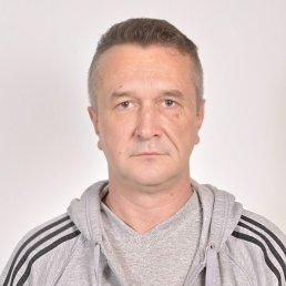 Андрей, 46 лет, Львовский