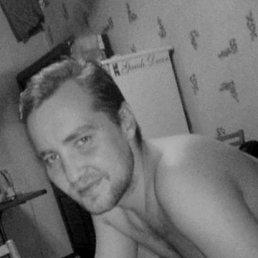 Виктор, 30 лет, Тюмень