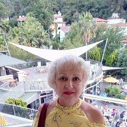 Алена, 57 лет, Ижевск