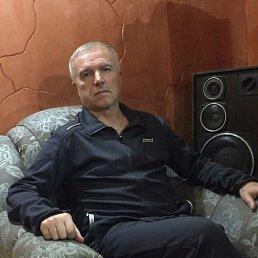 иван, 54 года, Молодогвардейск