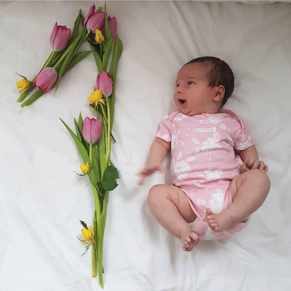 Поздравление дочки с первым месяцем
