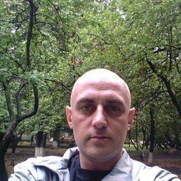 Олег, 41 год, Мирный