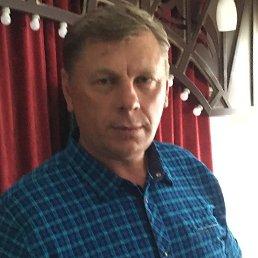 Виктор, 56 лет, Крутиха