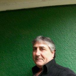 Юрий, 59 лет, Кельменцы