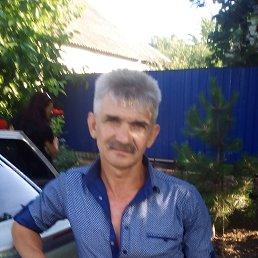 Роман, Новая Каховка, 48 лет