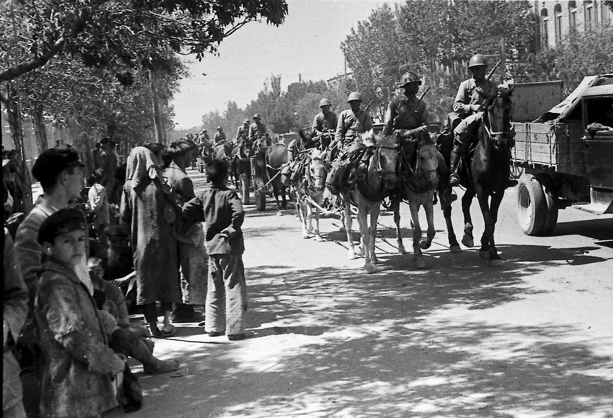 Красная армия на улице Тебриза