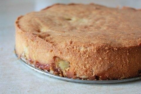 Пирог с яблоками и семечками. Семечки — не самый обычный ингредиент в яблочных пирогах, но очень к ... - 4