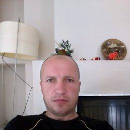 Володимир, Кременец, 42 года