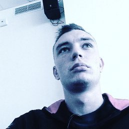 Дмитро, 21 год, Жашков