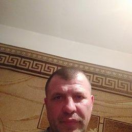 Руслан, 47 лет, Хорол