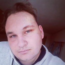 Данил, 21 год, Казань