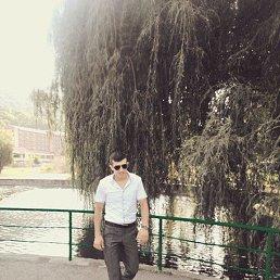 Адам, 32 года, Москва