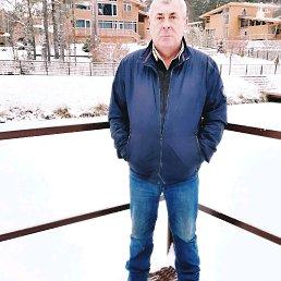 Виктор, 53 года, Петровское