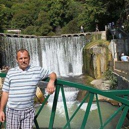 Виктор, 56 лет, Белгород