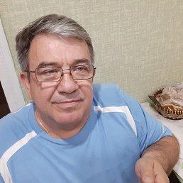 Андрей, 57 лет, Крымск