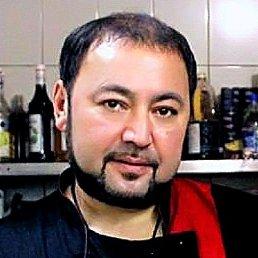 Олег, 47 лет, Енакиево