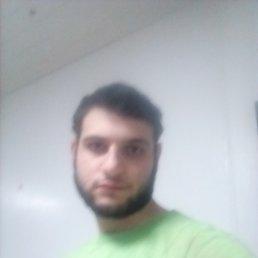 Али, Курск, 21 год