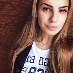 Марта, 27 лет, Ижевск
