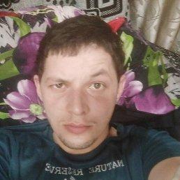Виктор, 23 года, Свободный