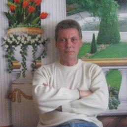 виктор, 57 лет, Котовск