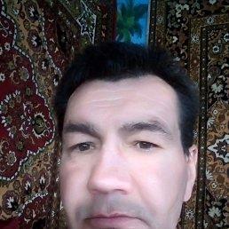 Валерий, 48 лет, Луганск
